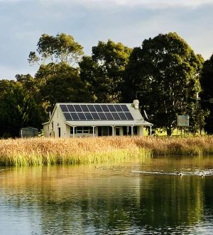 The Lake House Retreat - Tourism Brisbane