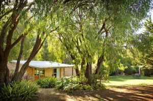 Peppermint Brook Cottages - Tourism Brisbane