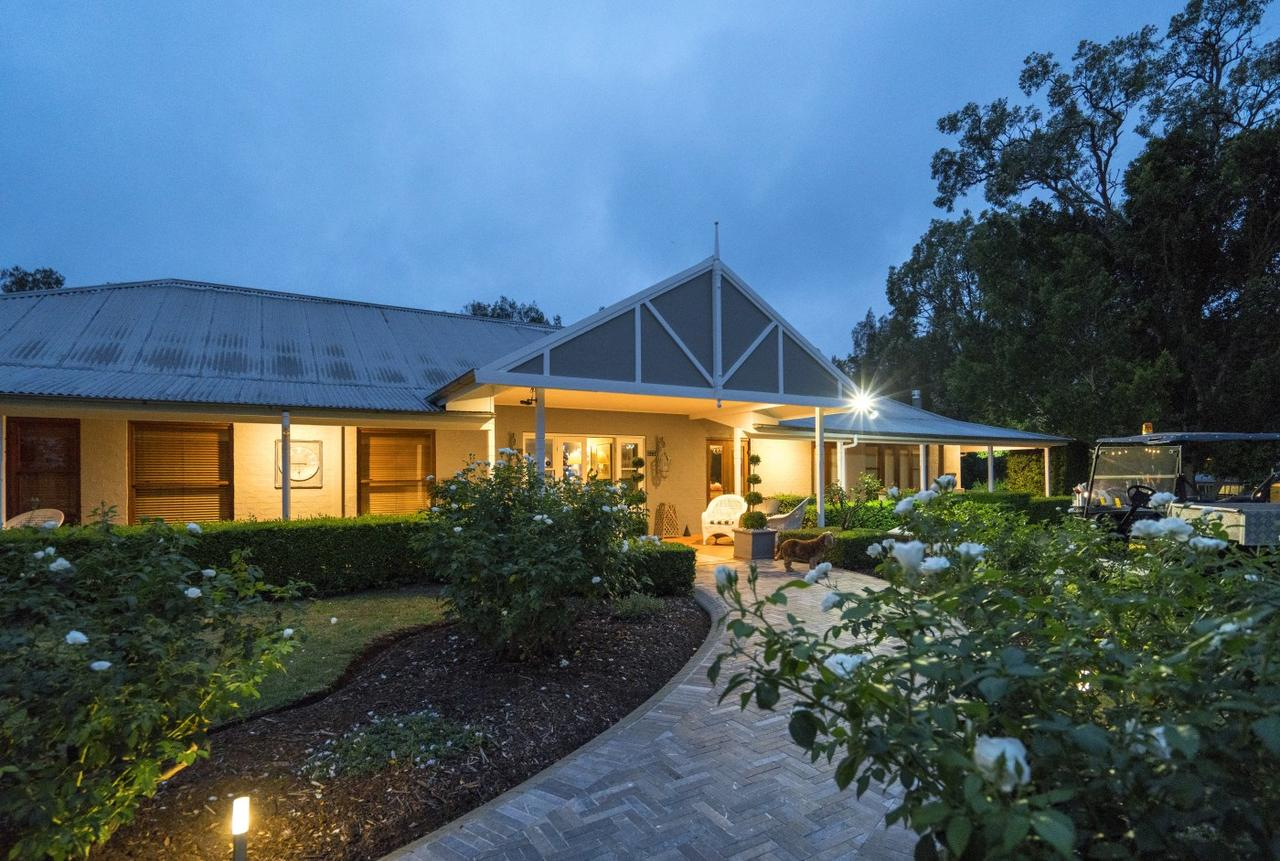Thistle Hill Guesthouse - Tourism Brisbane