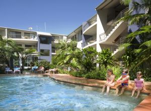 Flynns Beach Resort - Tourism Brisbane