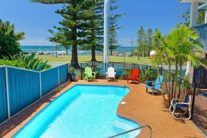 Beach House Holiday Apartments - Tourism Brisbane