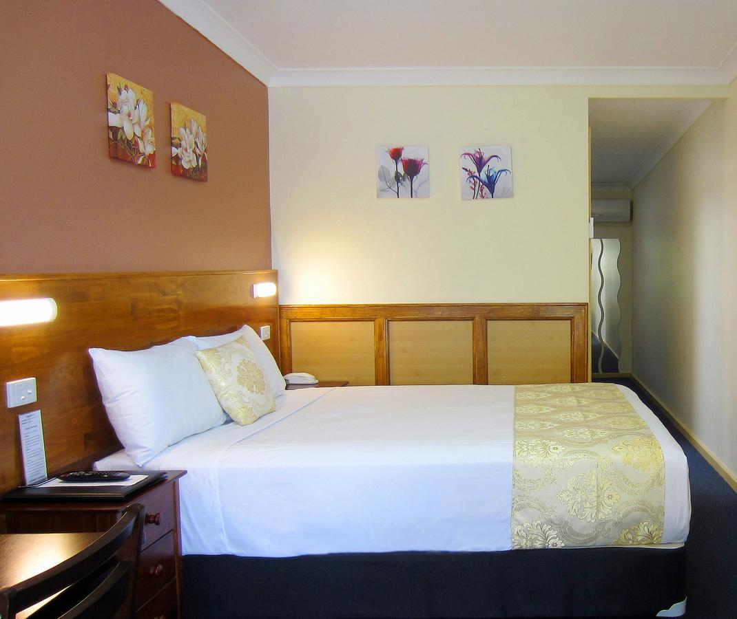 Highway Motor Inn Taree - Tourism Brisbane