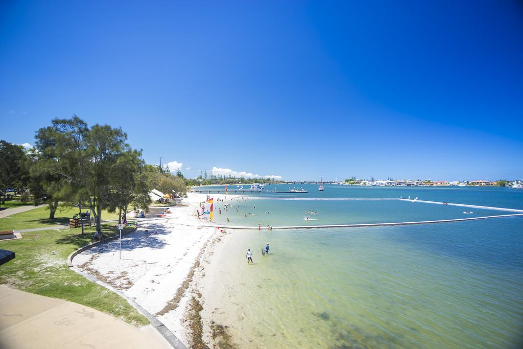 Broadwater Paradise - Tourism Brisbane