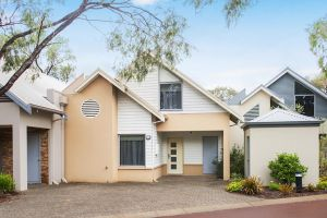Beach Retreat - Busselton - Tourism Brisbane