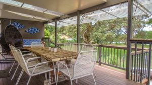 'RIVERSIDE RETREAT' 544 Ocean Drive North Haven - Tourism Brisbane